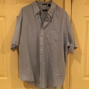 XL. Blue. Short sleeve button down shirt. EUC